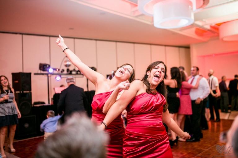 Sigma Art line 35 1.4 wide angle for wedding photographers