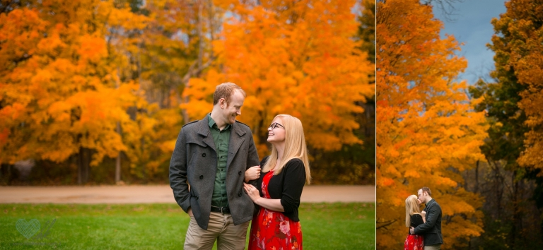 Fitzgerald-park-grand-ledge-fall-engagement-photographs