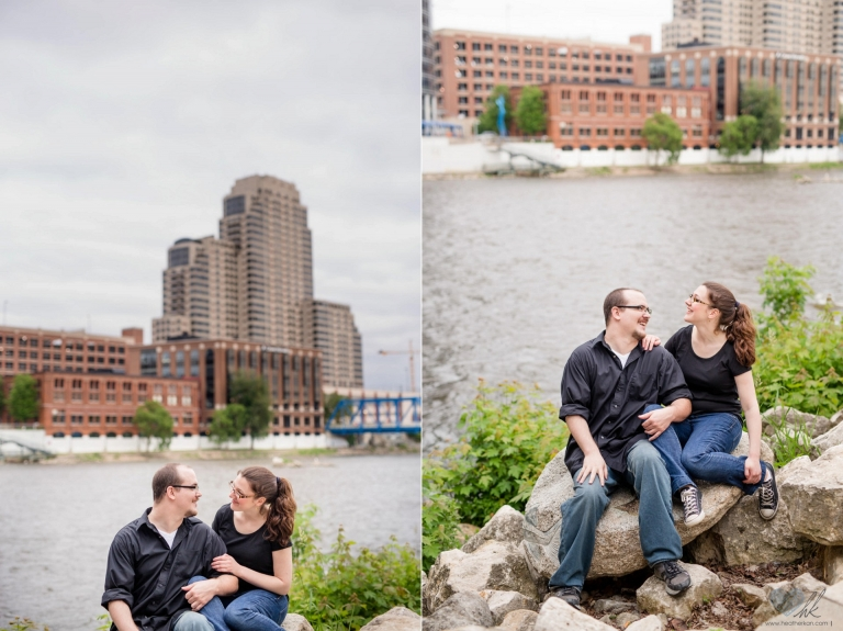 relaxed Grand Rapids engagement session at Ah-Nab-Awen park (14)