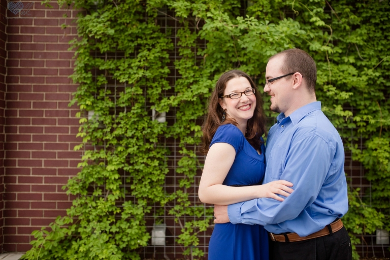 relaxed Grand Rapids engagement session at Ah-Nab-Awen park (11)