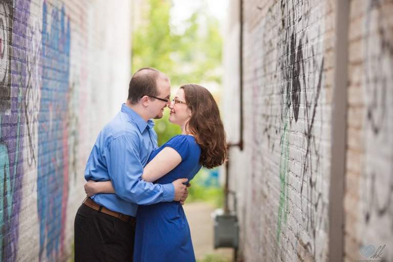 relaxed Grand Rapids engagement session at Ah-Nab-Awen park (4)