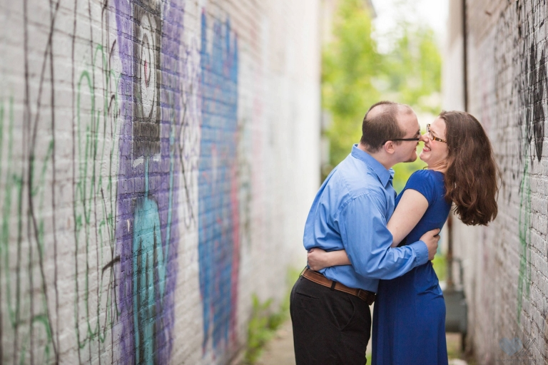 relaxed Grand Rapids engagement session at Ah-Nab-Awen park (3)