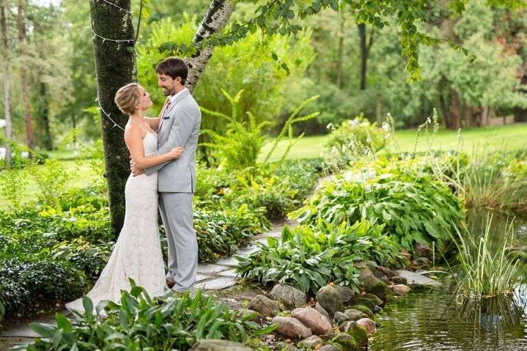 wedding photographs at English Inn pond