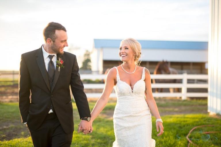 farm wedding photographs with horses Saginaw MI