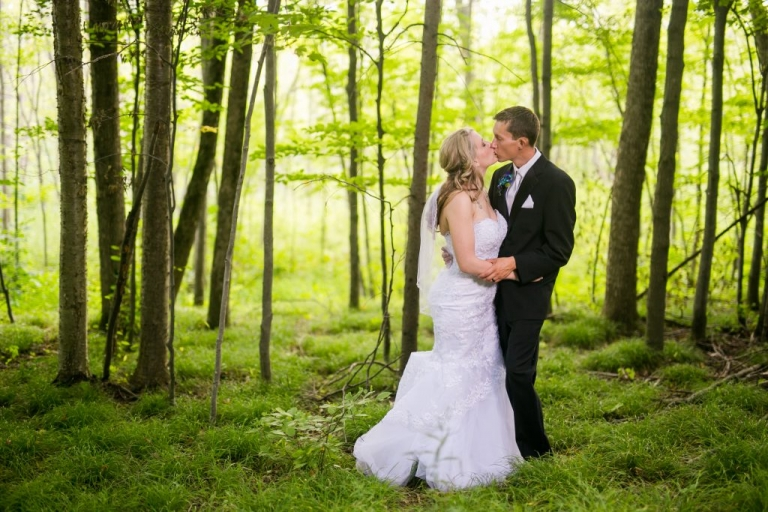 Grand Ledge and Lansing Michigan wedding photographer Heather Kanillopoolos