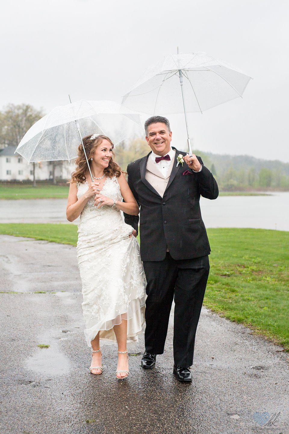 Waldenwoods Banquet & Conference Center wedding photographs in the rain