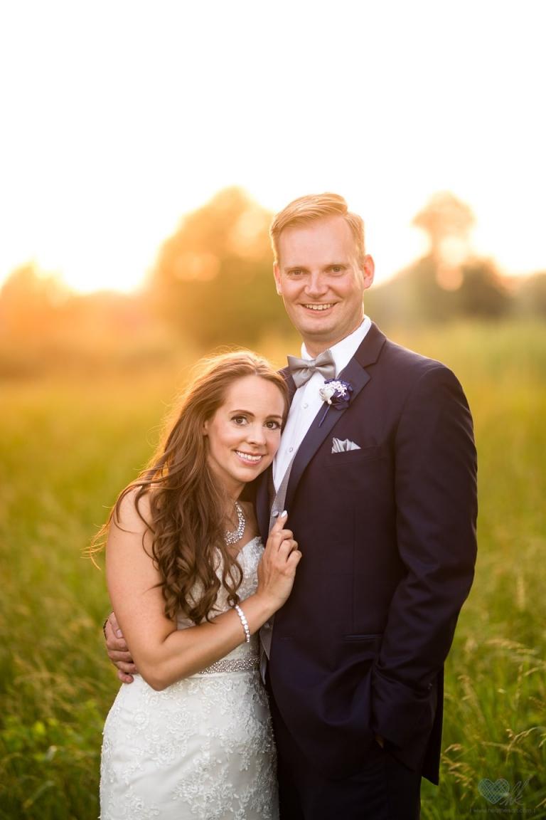 Hawk Hollow golden hour wedding photographs
