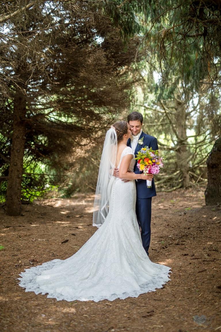 Wedding photographs at the Lewis Landscape Arboretum msu