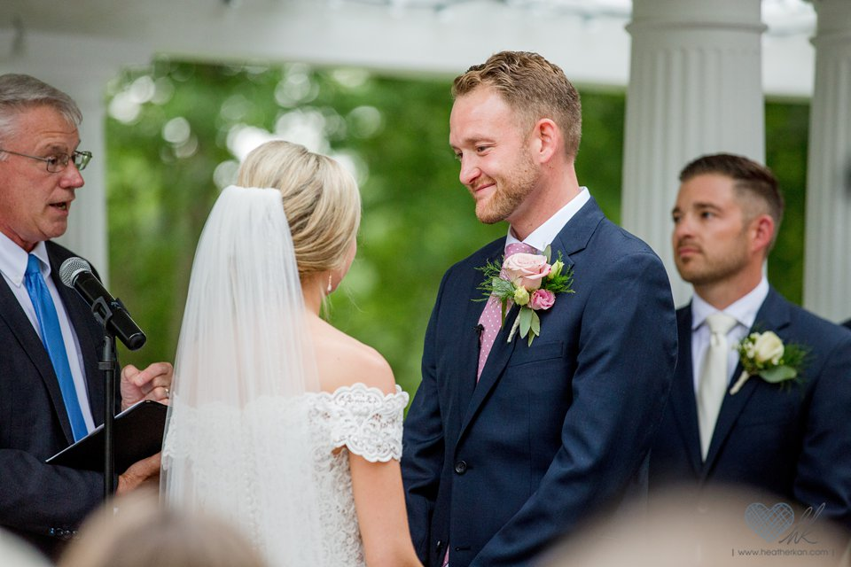 rainy wedding at the English Inn