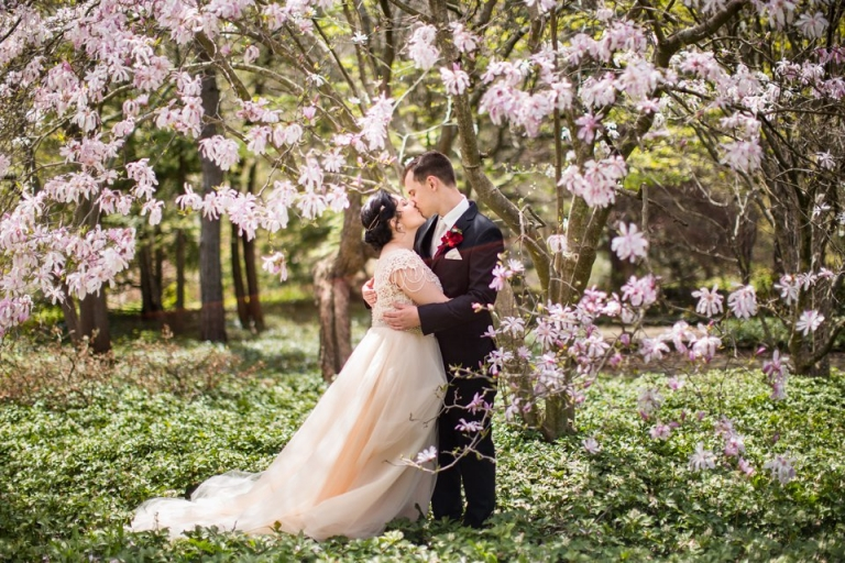 East Lansing MSU wedding photographs with flowering trees at the Lewis Landscape Arboretum